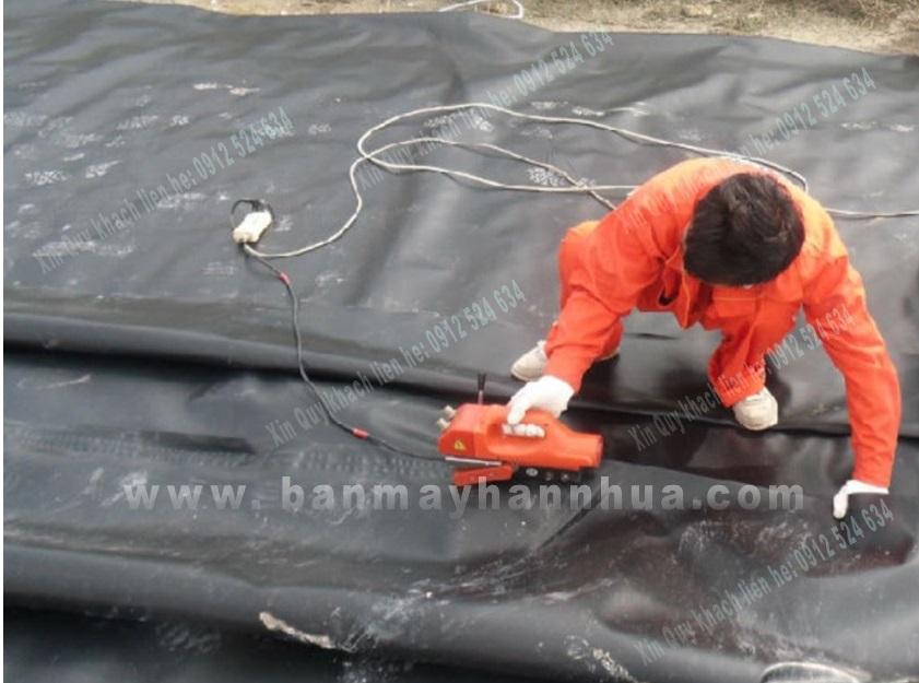 JIT800 trong thi công hàn bạt HDPE ao tôm