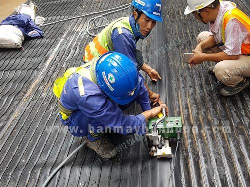 Máy hàn bạt nhựa LST GM1 hàn màng chống thấm, vải địa kỹ thuật,