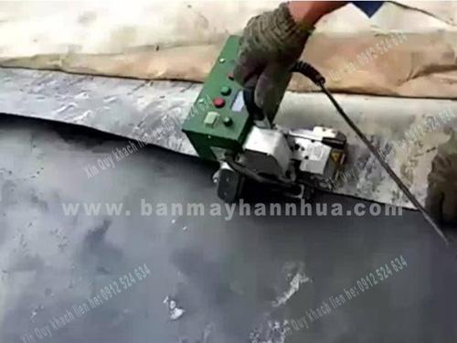 Máy hàn bạt nhựa HDPE hàn màng chống thấm bãi chôn lấp rác thải