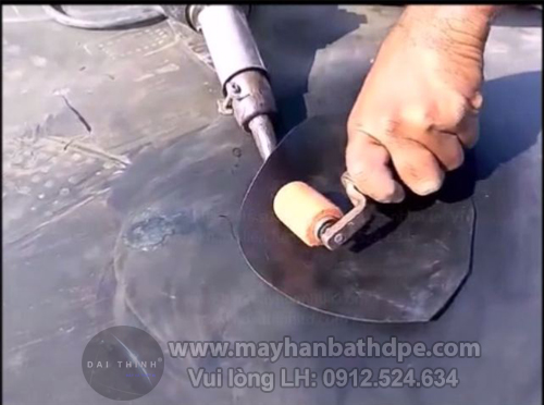 Máy hàn bạt nhựa HDPE cầm tay công suất 1600W