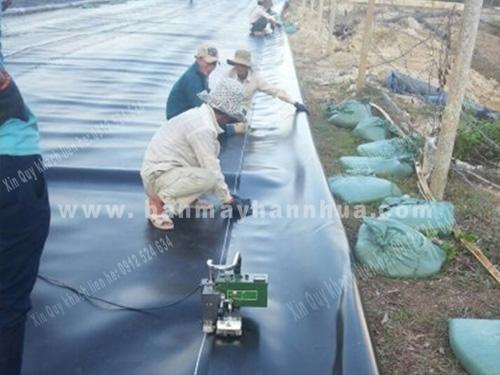 LST900 máy hàn bạt HDPE chống thấm ao nuôi tôm