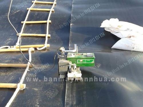 LST900 Máy hàn bạt nhựa, hàn màng nhựa chống thấm hầm ủ khí biogas