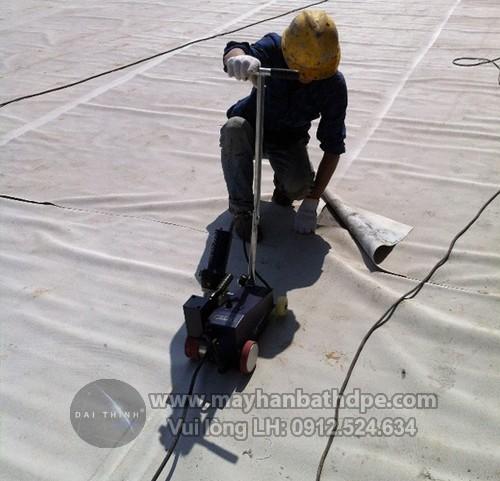 Máy hàn nhựa Weldy ETL Foiler thi công hàn màng TPO/ PVC chống thấm dột che phủ mái nhà
