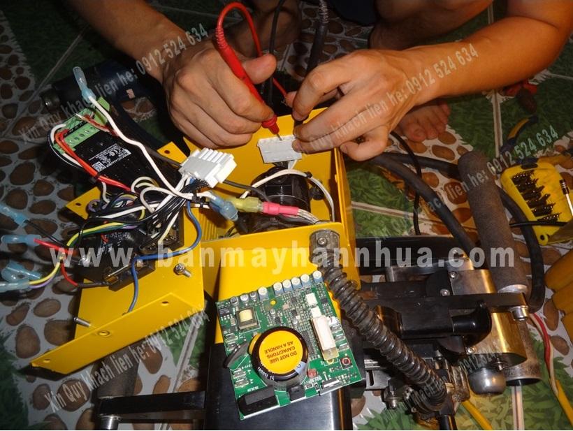 Sửa chữa máy hàn bạt nhựa Demtech Mỹ