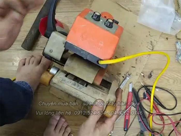 Sửa chữa máy hàn bạt HDPE ao nuôi tôm